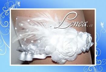 Podvazek Elegant bílý 2 květy s peříčky 3 vel.S,M,L