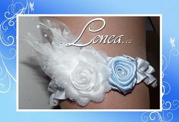 Podvazek Elegant-bílý a modrý kvítek s peříčky 4-vel.S,M,L