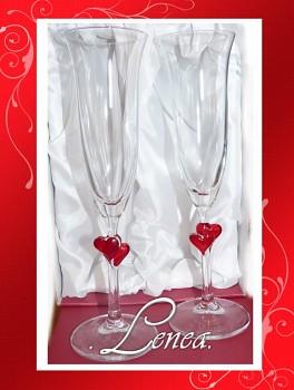 Svatební sklenice-Amorek -sada s červenými srdíčky-bez jmen a datumu