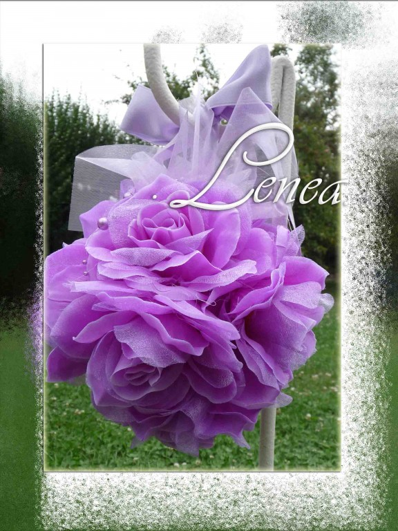 Dekoracni Kvetinova Koule Lila K Zapujceni Svatebni Doplnky A